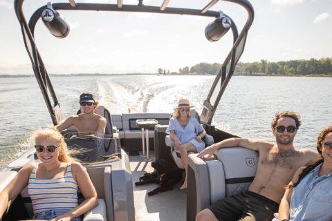 Boating In Narragansett Bay